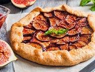 Рецепта Френски галет (отворен пай) със смокини